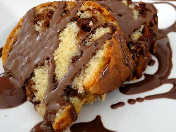 κέικ με πραλίνα φουντουκιού