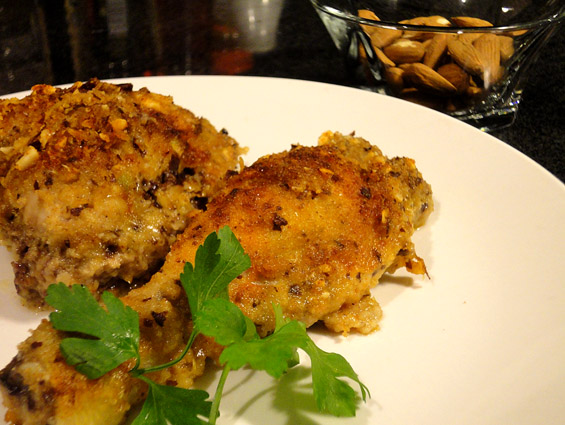 Κοτόπουλο με ρεγκάτο και αμύγδαλα