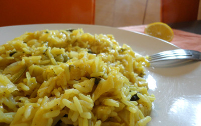 Λαχανόρυζο με πάπρικα και κουρκουμά