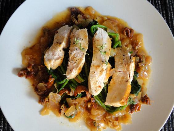 στήθος κοτόπουλο με φινόκιο και σπανάκι