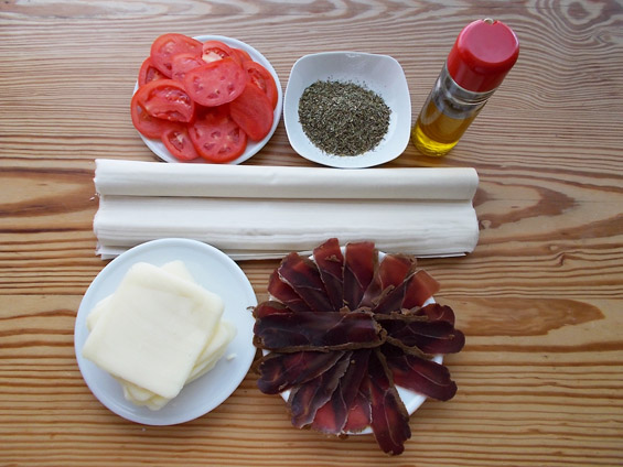 υλικά για παστουρμαδοπιτάκια