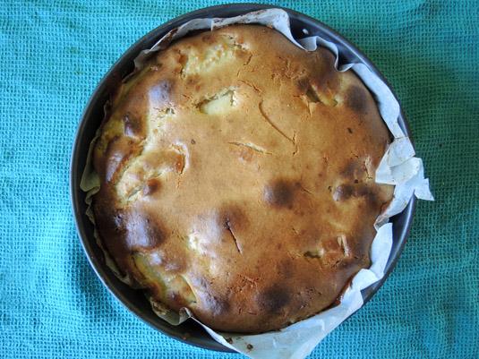 μηλόπιτα με λευκή σοκολάτα ψημένη
