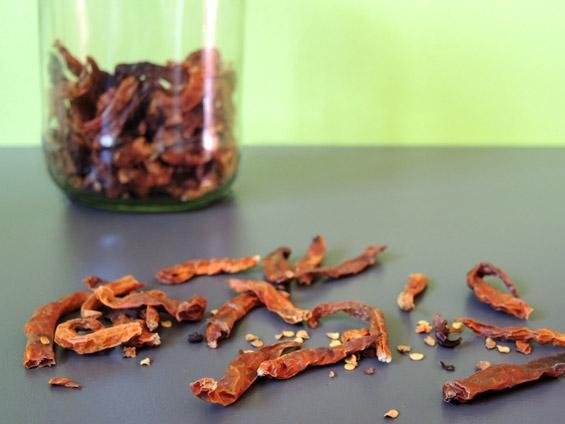 πιπεριές τσίλι πίρι πίρι αποξηραμένες