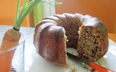 Κέικ με καρότο και καρύδια