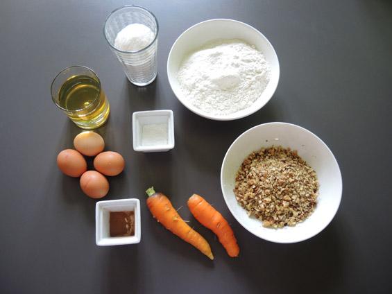 υλικά για κέικ με καρότο και καρύδια