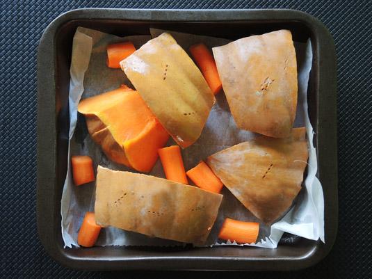 κολοκύθα με καρότα στο ταψί