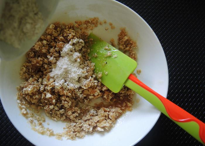 βρώμη με βούτυρο, ζάχαρη και αλεύρι
