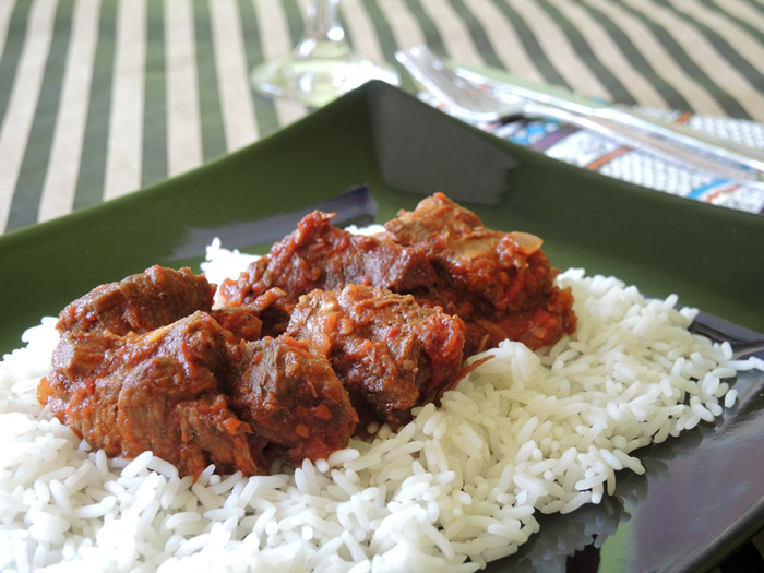 μοσχάρι τας κεμπάπ σερβιρισμλενο με ρύζι