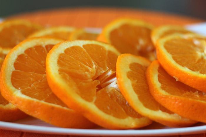 πορτοκάλια κομμένα σε ροδέλες 2