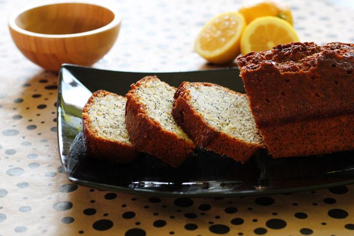 κέικ λεμονιού με παπαρουνόσπορο 2