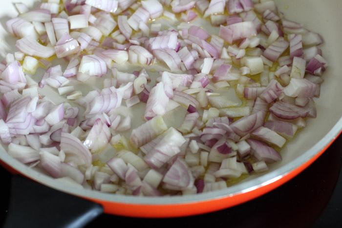κρεμμύδι στο τηγάνι