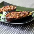 μελιτζάνες γεμιστές με κιμά και πετιμέζι