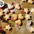 χριστουγεννιάτικα μπισκότα με κανέλα 700