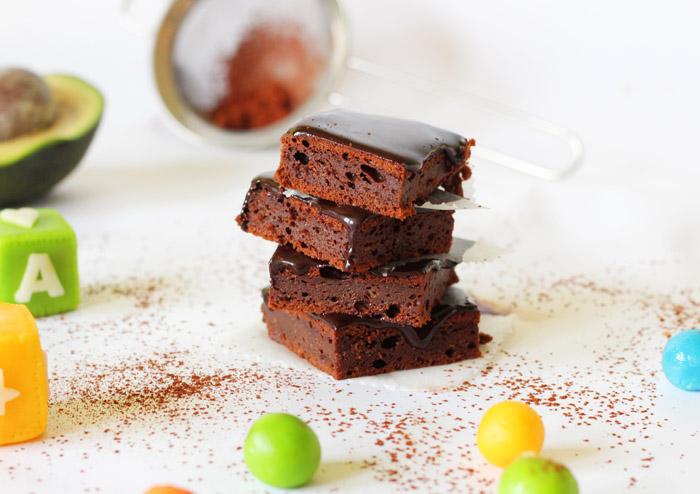 avocado brownies 700