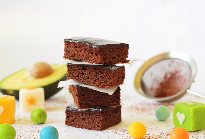 Βrownies με αβοκάντο και γλάσο σοκολάτας