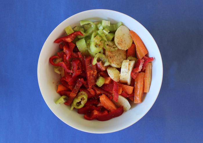 κομμένα λαχανικά στο μπολ
