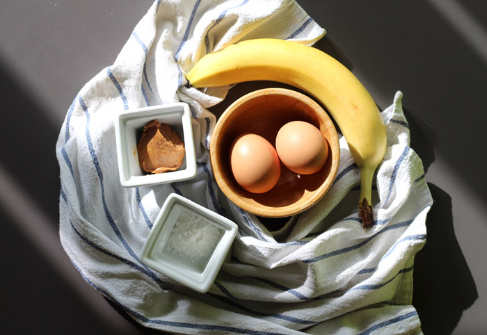 pancakes με αυγό και μπανάνα