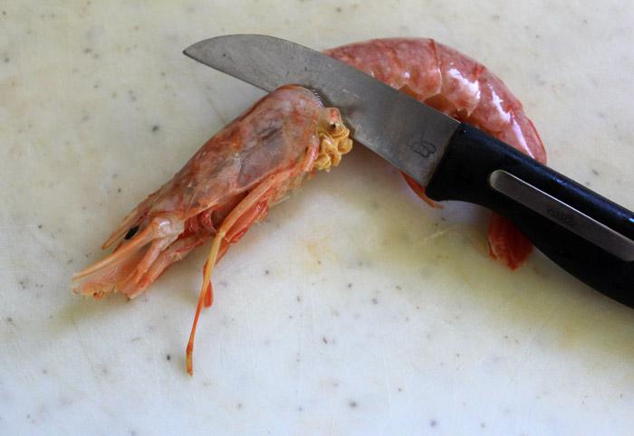 γαρίδα με μαχαίρι